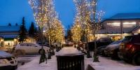 assiniboine_lights_0010_Glenmore-Landing-Lights-3-of-8