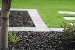synthetic turf, mow brick border and black mulch beds
