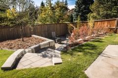 AB-Retaining-Wall-Paving-Stone-Patio-Stair-Landing-Cedar-Mulch