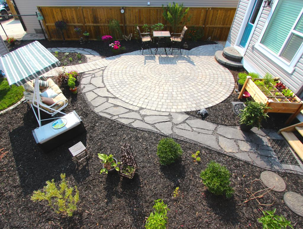 Xeriscaping | Assiniboine Lights & Landscapes on Xeriscape Backyard Designs id=37150