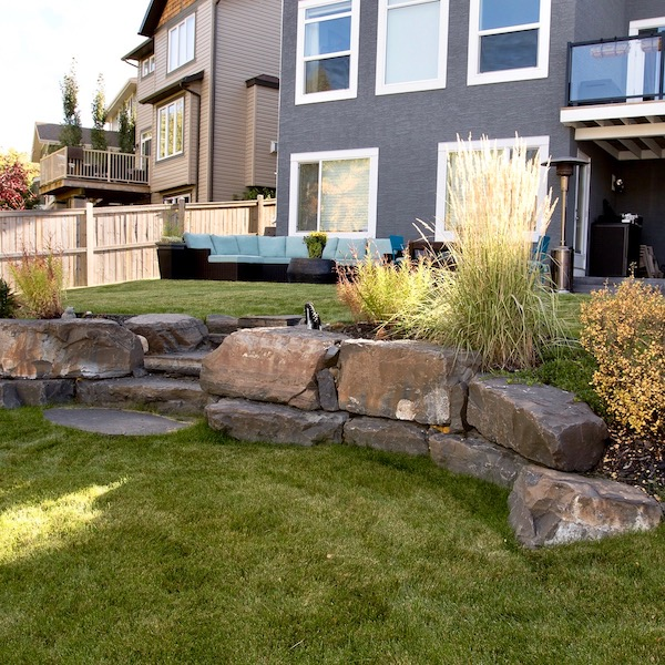 rundle stone retaining wall with steps